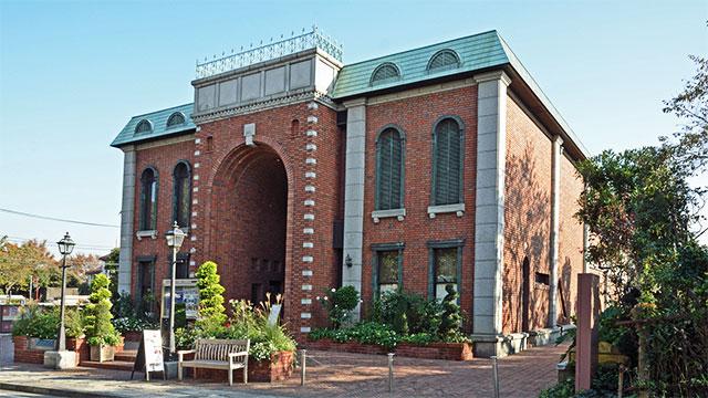 岩崎博物館-ゲーテ座ホール(横浜)