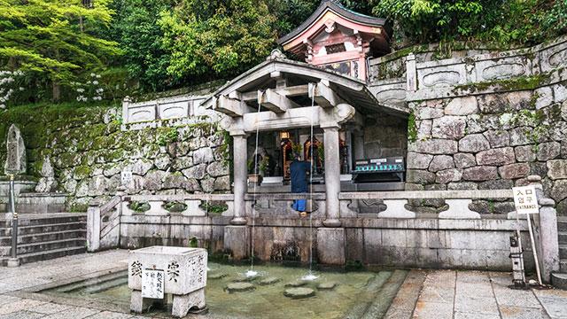 清水寺 音羽の滝(京都)