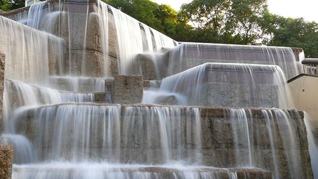 壁泉(三笠公園)