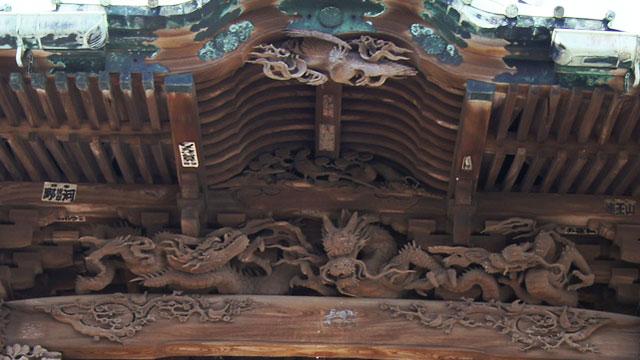 社殿の彫刻(西叶神社)