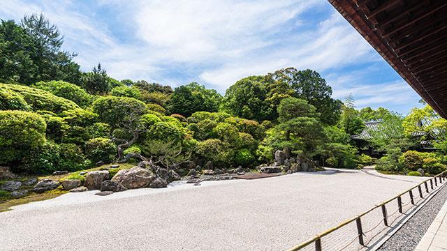 鶴亀の庭(金地院)