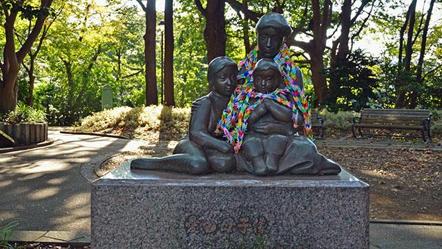 愛の母子像(港の見える丘公園)