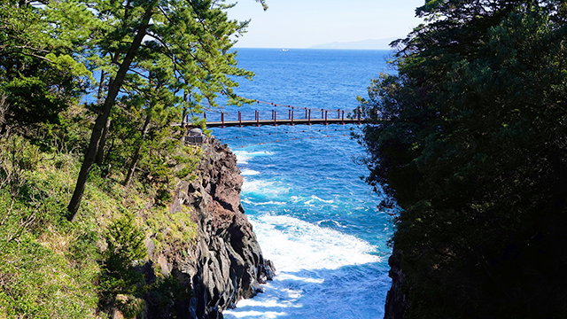 門脇つり橋(城ヶ崎海岸)