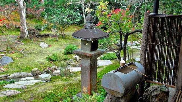 手水鉢(光雲寺)