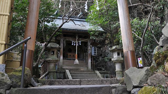 玉簾神社(箱根湯本)