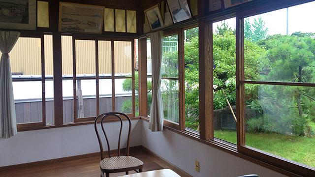 洋室(興津坐漁荘)