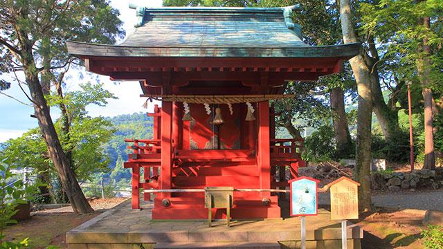 雷電社(伊豆山神社)