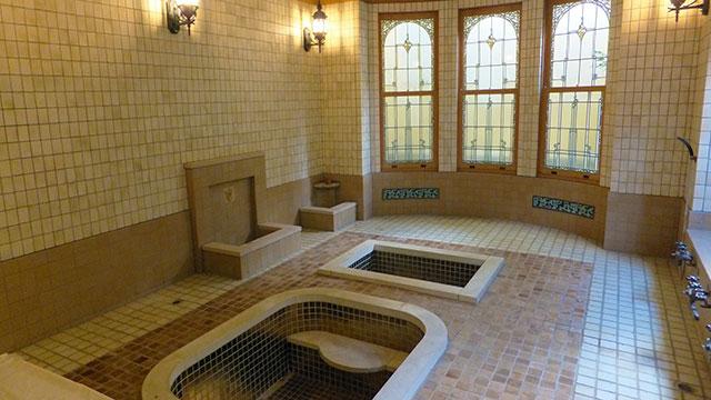 洋館「金剛」に併設されたローマ風浴室(起雲閣)