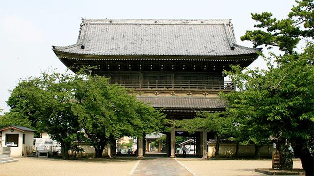 山門(光明寺)