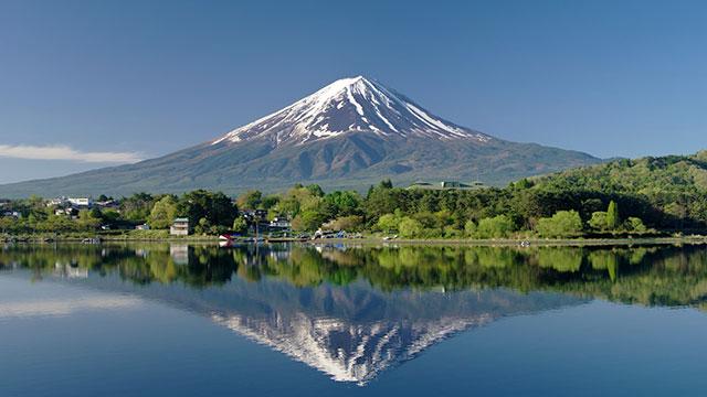 逆さ富士(河口湖)