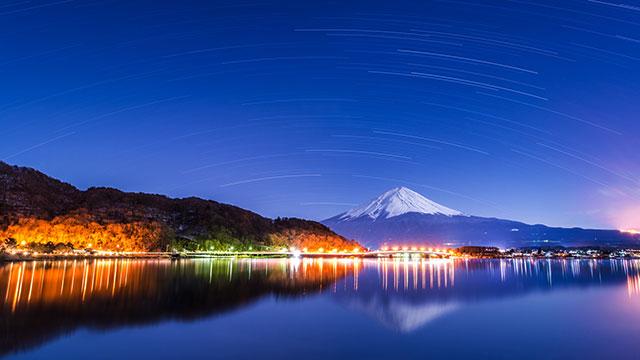 夜景(河口湖遊覧船 アンソレイユ号)