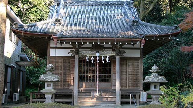 蛇苦止堂(妙本寺)