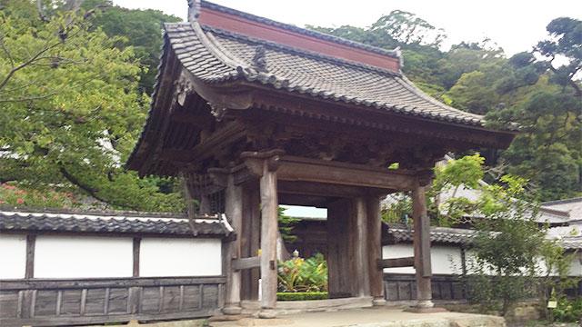 山門(清見寺)