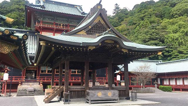 舞殿(静岡浅間神社)