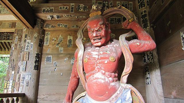 仁王門(杉本寺)