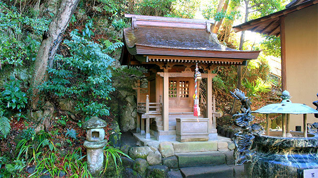大蔵弁財天堂(杉本寺)