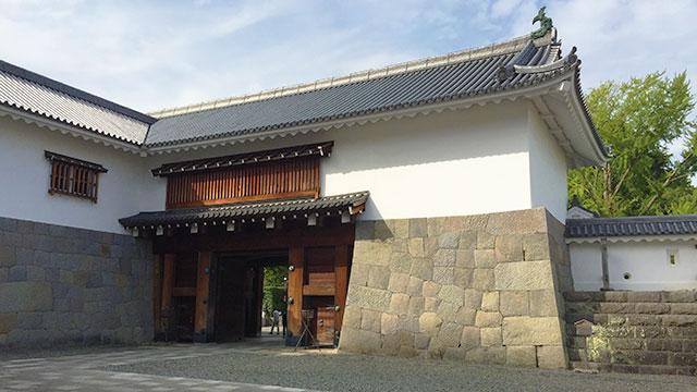東御門(駿府城公園)