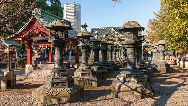 銅灯篭(上野東照宮)