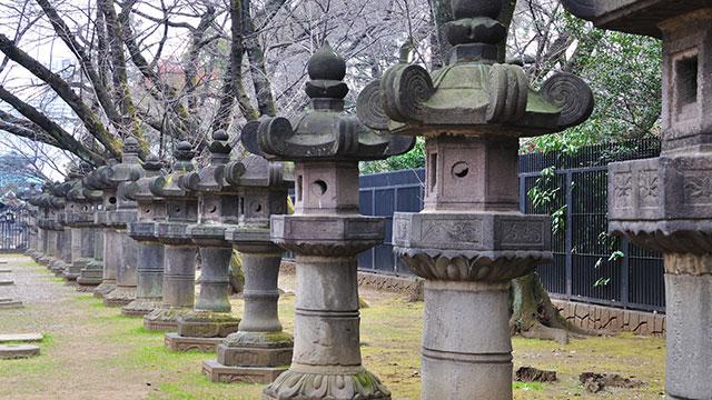 石灯籠(上野東照宮)