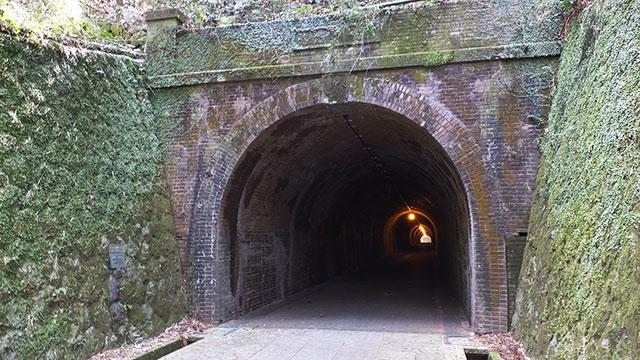 明治のトンネル(宇津ノ谷)