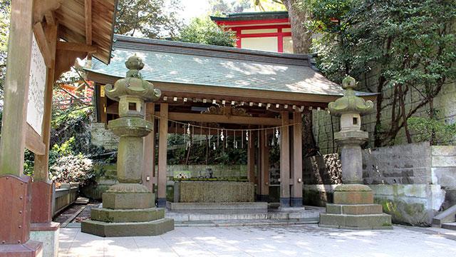 手水舎(江島神社)
