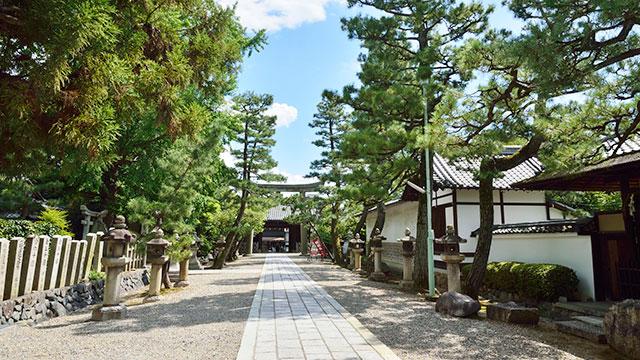 参道(御香宮神社)