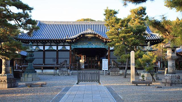 拝殿(御香宮神社)