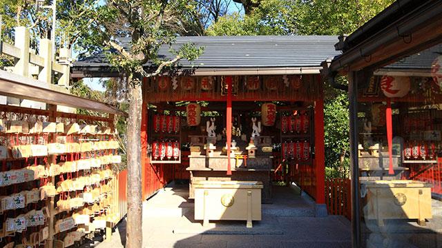 栗光稲荷社(地主神社)