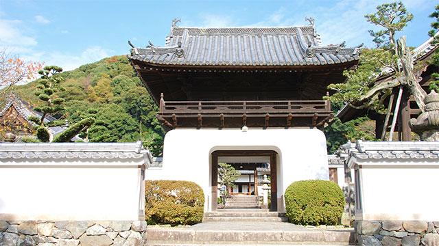 山門(興聖寺)