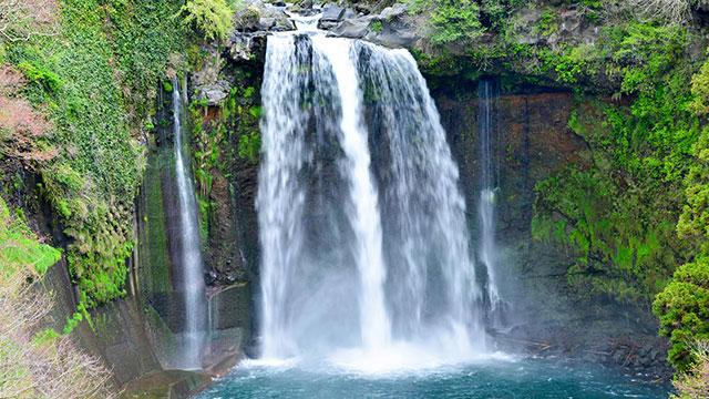 音止の滝(白糸の滝)