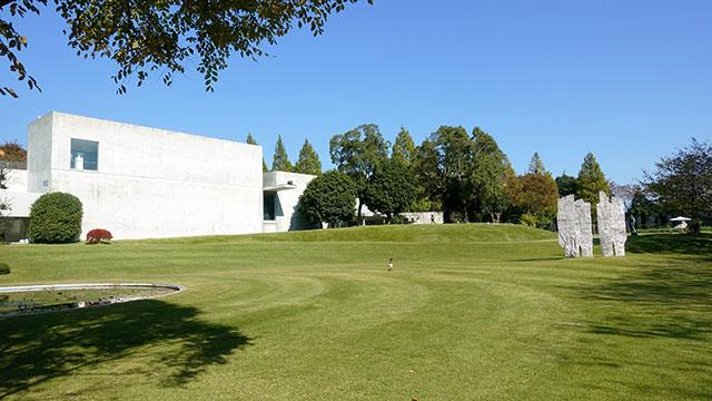 ヴァンジ彫刻庭園美術館(クレマチスの丘)