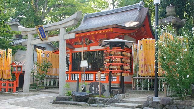美御前社(八坂神社)