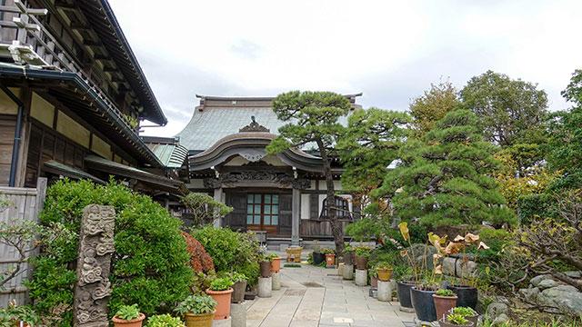 本龍寺(江ノ電 腰越駅)