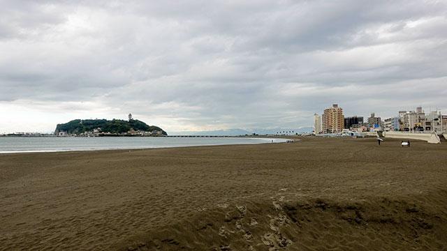 腰越海岸(江ノ電 腰越駅)