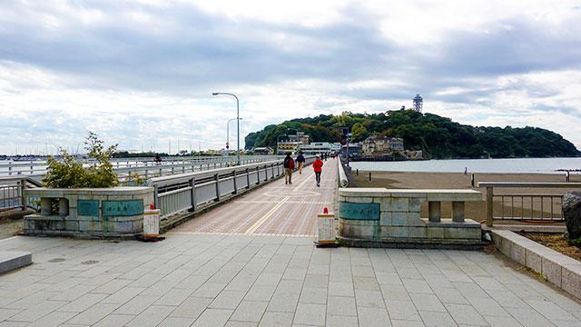 江の島弁天橋(江ノ電 江ノ島駅)