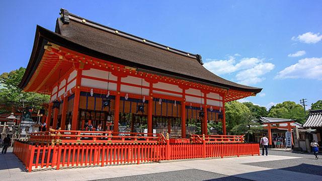 外拝殿(伏見稲荷大社)