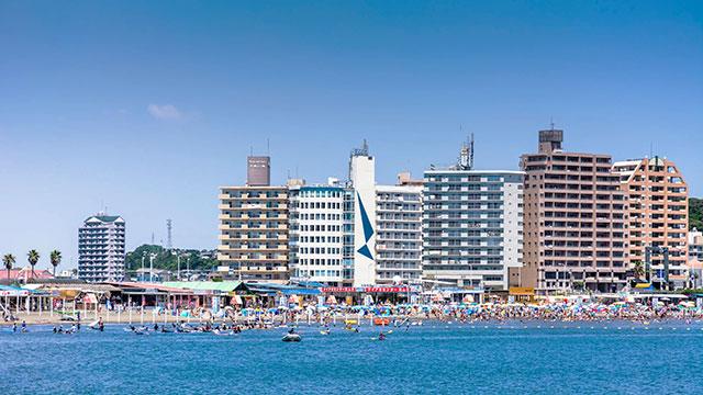 片瀬東浜海水浴場(江ノ電 江ノ島駅)
