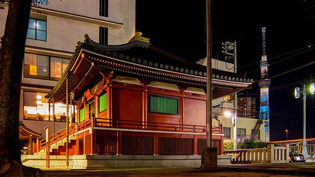 夜の駒形堂(駒形堂)