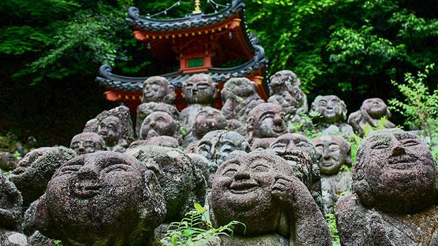 釈迦誕生仏(愛宕念仏寺)