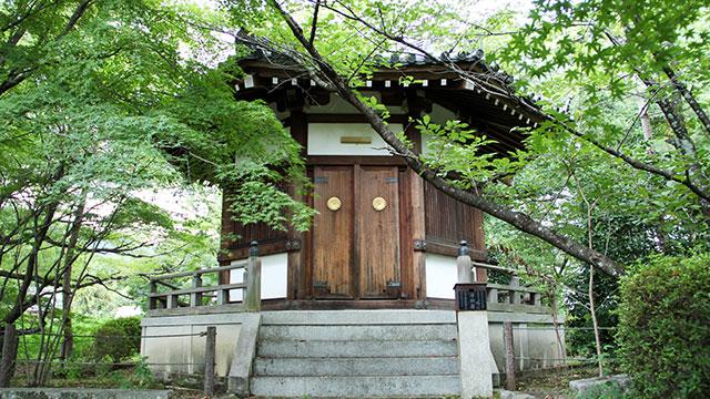 聖徳太子殿(清涼寺)
