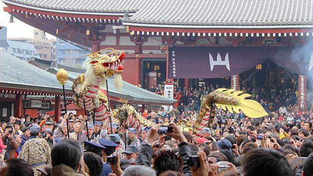 金竜の舞(浅草寺)