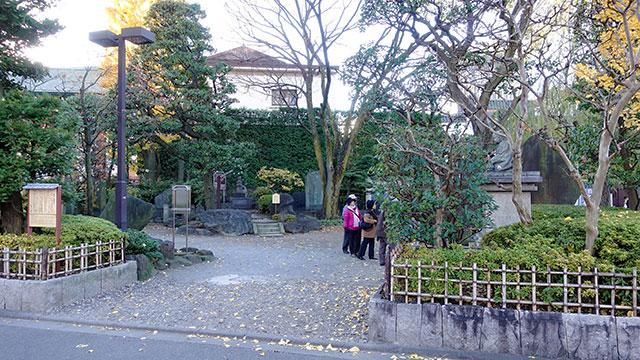新奥山(浅草寺)