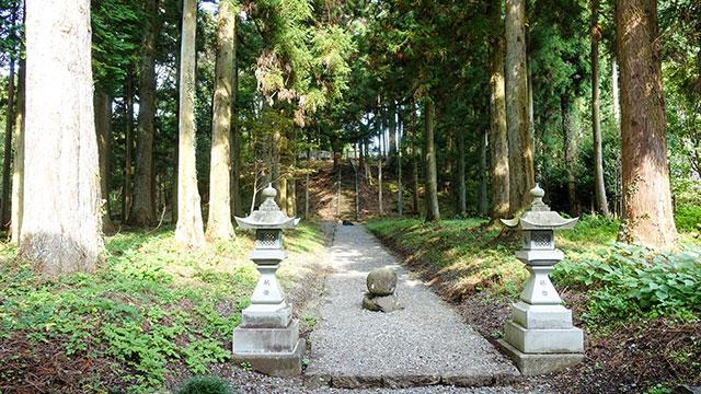 参道(山宮浅間神社)