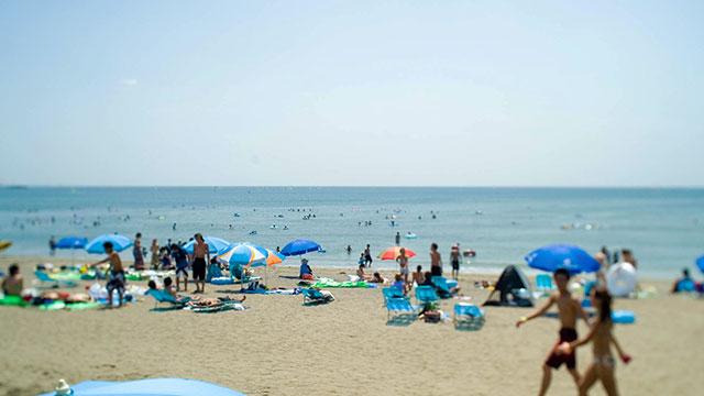 由比ガ浜海水浴場(江ノ電観光)
