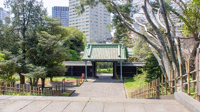 入徳門と石段(湯島聖堂)