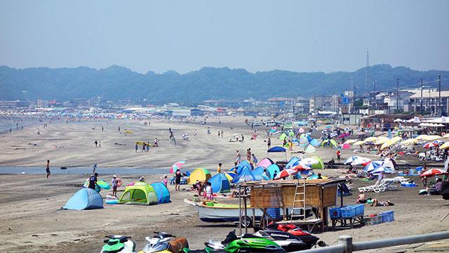 材木座海水浴場(江ノ電 由比ヶ浜駅)