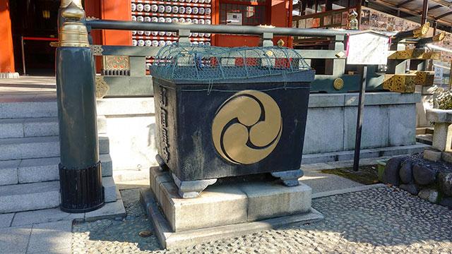 鉄製天水桶(神田明神)