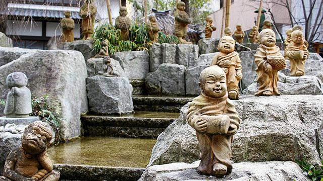 十六羅漢像(六角堂)