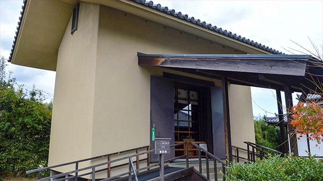 収蔵庫(法起寺)