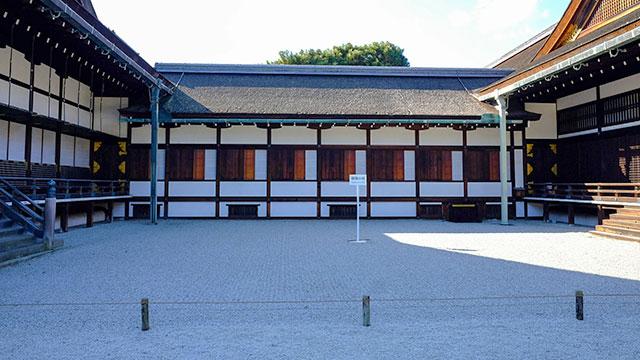 蹴鞠の庭(京都御所)